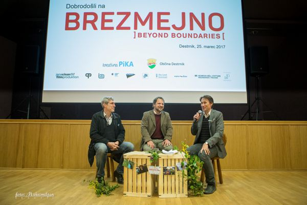 Projekcija filma Brezmejno ]Beyond Boundaries[